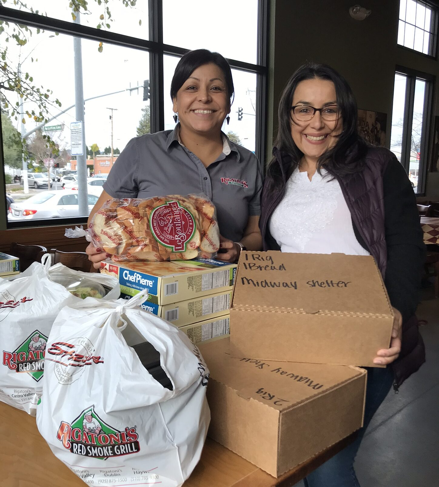 Rigatoni manager presents Building Futures with meals